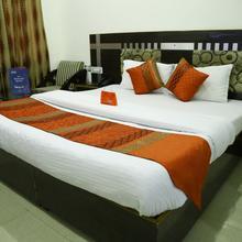 OYO 1103 Hotel City Heights in Chandigarh