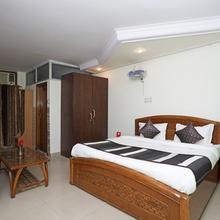 Oyo 11063 Hotel Suncity in Faridabad