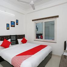 OYO 11306 Ss Hotel in Sardarnagar