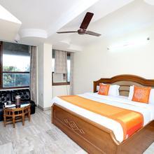 Oyo 11371 Hotel M&v in Chandigarh