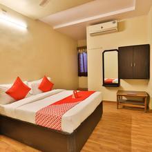 Oyo 11427 Hotel Kalyan in Ahmedabad