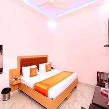 OYO 11497 Hotel Sharnam in Kharar