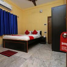 OYO 11530 Maa Tara Guest House in Baruipur