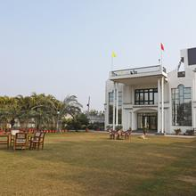 Oyo 11538 Shree Kanha Shyam Hotel & Banquet in Bareilly