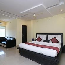 OYO 11572 Hotel Radha Regent in Vrindavan