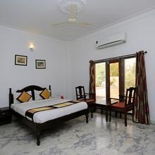 OYO 1159 Hotel Chandra Prakash in Bedla