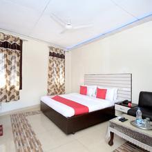 Oyo 11595 Hotel Roxy in Jalandhar
