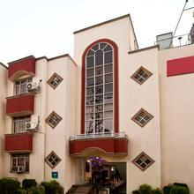 Oyo 1162 Hotel Shyama Sojourn in Dera Mandi