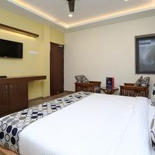 OYO 11666 Hotel Prakash Inn in Lucknow
