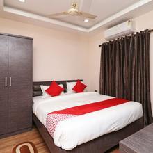 Oyo 11723 Hotel Barney Grand in Dispur