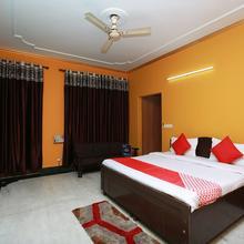 Oyo 11752 Hotel Sun Palace Residency in Ghaziabad