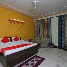 OYO 11752 Hotel Sun Palace Residency in Noida