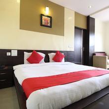 OYO 11754 Hotel Classic 7 in Dhanakya