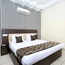 Oyo 11844 Hotel Golden Halo in Bhatinda