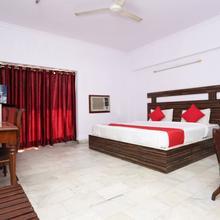 OYO 11858 Hotel Shiv Murti Grand in Raiwala