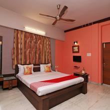 OYO 11920 Rishta Inn in Kolkata