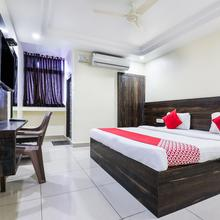 Oyo 11938 Mitra Residency in Warangal