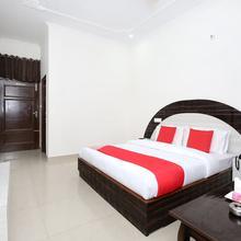 OYO 12025 Hotel Kamal Palace in Chandigarh