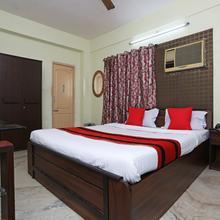 Oyo 12067 Sam's Apartment in Kolkata