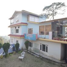 OYO 12079 Hotel Manu Vinod in Badhun
