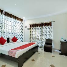 Oyo 12120 Hotel Srico in Hyderabad