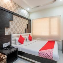 OYO 12128 Hotel Sajan Palace in Ujjain