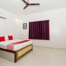 Oyo 12316 Hotel Silver Inn in Wai