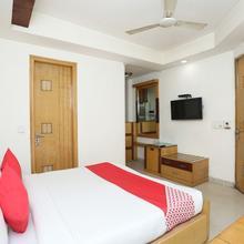 OYO 1233 Hotel Bharat Palace in New Delhi