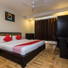 OYO 12361 S24 Hotel in Sagor