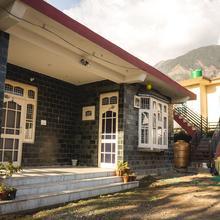 OYO 12394 Home Scenic 3bhk Khanyara Ground in Dharamshala