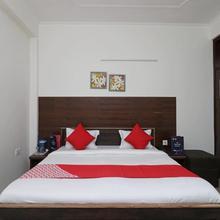 OYO 12493 Hotel Taaz Comfort Inn in Vrindavan