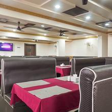 Oyo 12501 Hotel Krishna Palace in Talegaon Dabhade