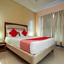 Oyo 1251 Hotel Suprabha in Kazipet