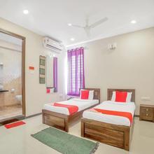 OYO 12663 Abode Platina in Himayatnagar