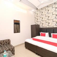 OYO 12664 Hotel Kailash Regency in Jassowal
