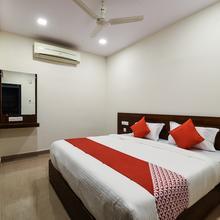 OYO 12681 Blue Moon Inn in Vishakhapatnam