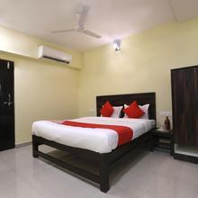 Oyo 12748 Govindpuram Apartment in Kolhapur