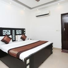 OYO 12779 5 Seas Hotel And Banquet in Ghaziabad