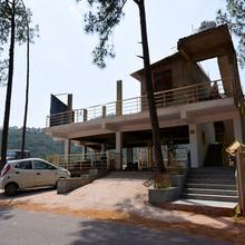 OYO 12818 Dev Villa in Kasauli