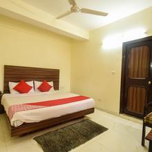 OYO 12818 Dev Villa in Solan