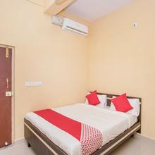 Oyo 12840 Sri Guru Residency in Bidadi