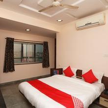 OYO 12843 Hotel Emerald in Raipur