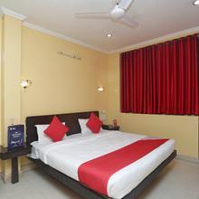 Oyo 12887 Hotel A-1 in Raipur