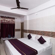 OYO 12911 Velvet Inn in New Delhi
