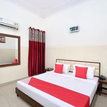 OYO 12934 Hotel Shivjot in Morinda