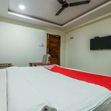 OYO 12973 Hotel Crystal in Warangal