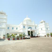 Oyo 12989 White Diamond Hotel in Jalandhar