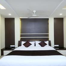 Oyo 13063 Hotel Rahul in Jabalpur