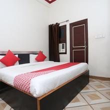 OYO 13095 Ganesh Mangal Guest House in Gorakhpur