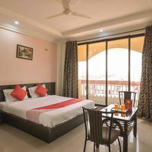 Oyo 13151 Hotel Om Palace in Khandala